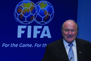 Sepp_Blatter_at_announcement_of_Brazil_as_2014_FIFA_World_Cup_host_2007-10-30_1